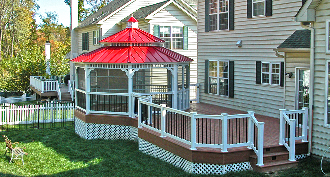 outdoor-living-gazebo-octogonal-with-metal-roof-and-pagoda