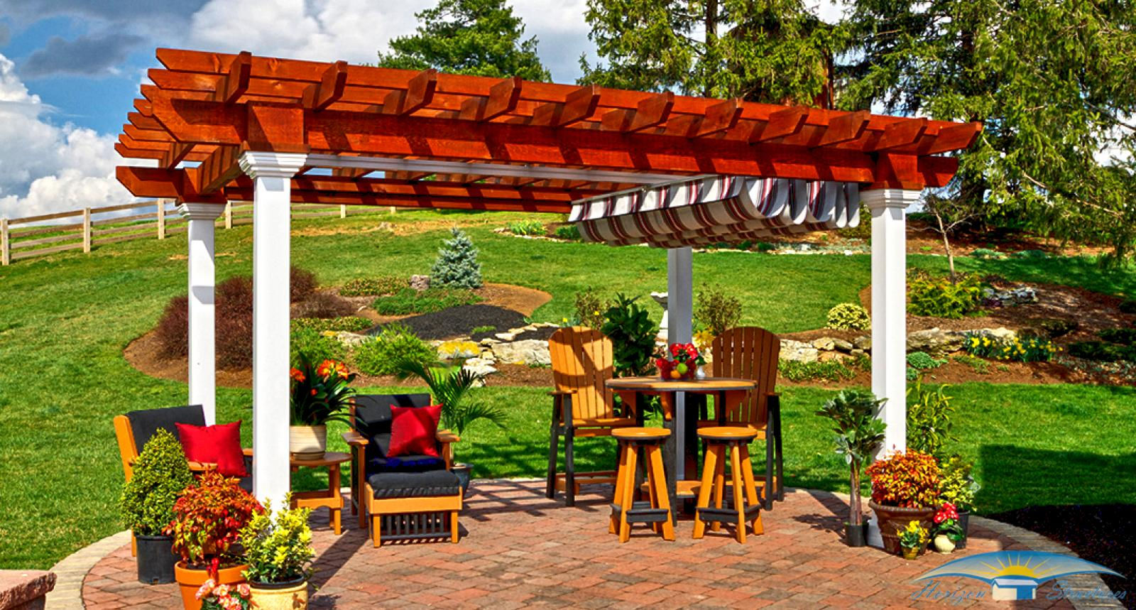 outdoor-living-pergola-artisan-wood-with-ezshade-canopy-2_0