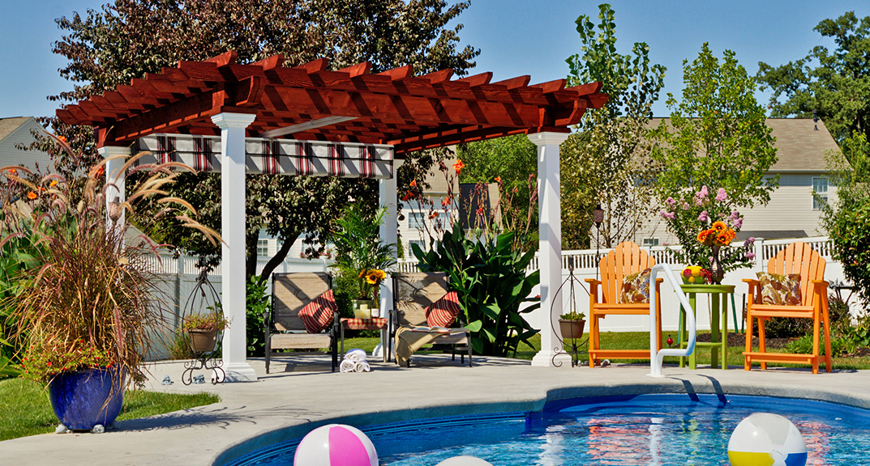 outdoor-living-pergola-artisan-wood-with-ezshade-canopy