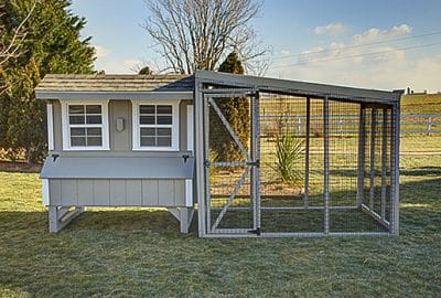 Quaker coop with roof run