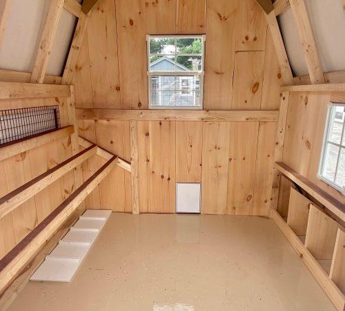 6x6 Dutch Coop Interior
