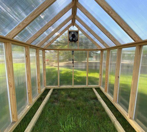 8x10 Trad Greenhouse Interior